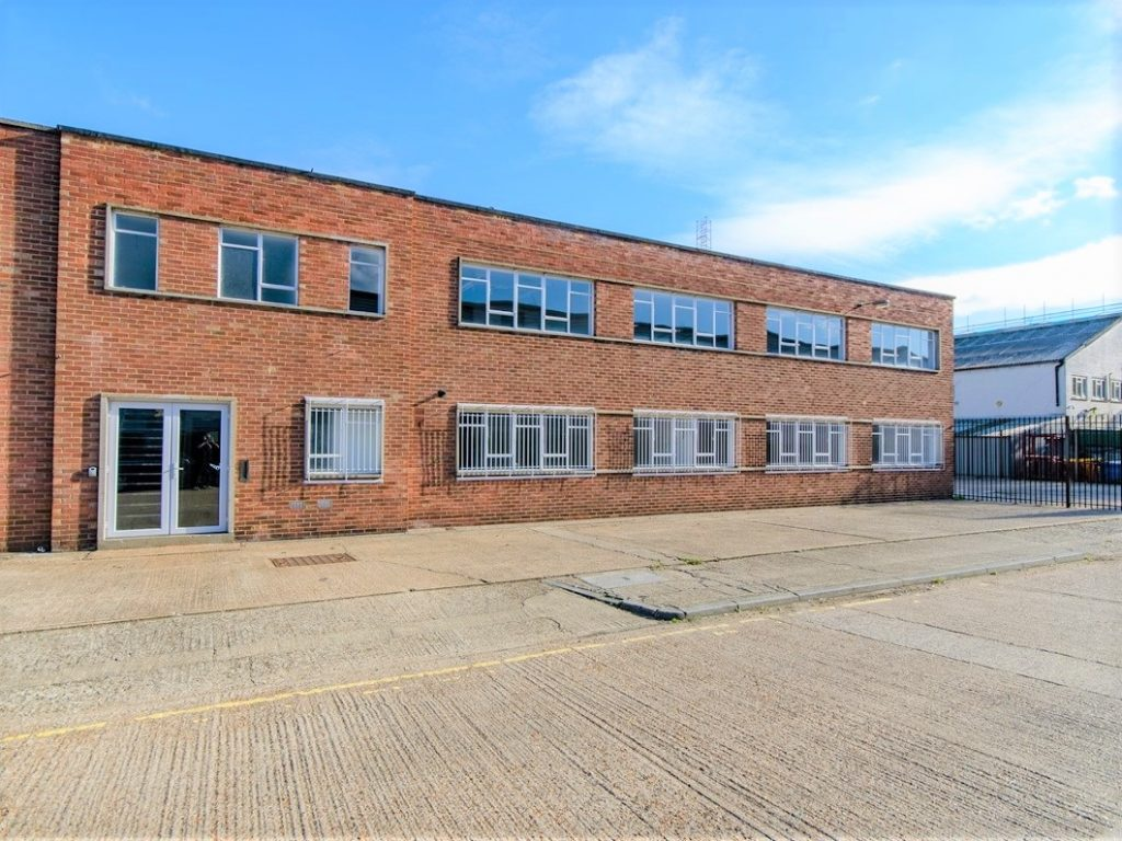 Unit 136 Clock Tower Industrial Estate - Warehouse to let in West London