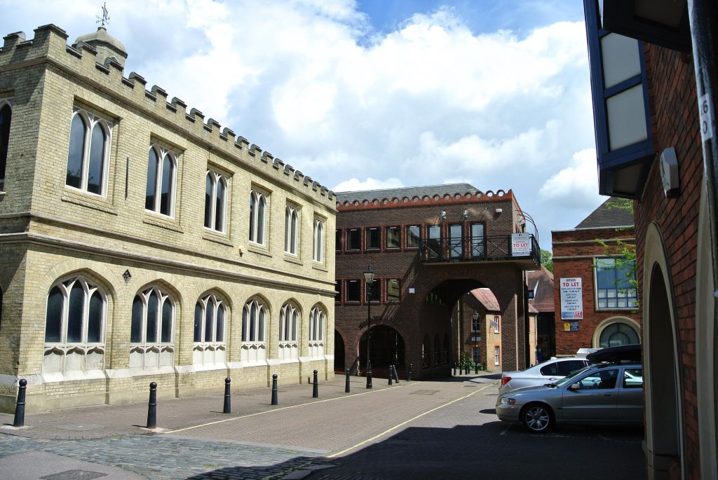 Saracen House, Old Isleworth - Offices