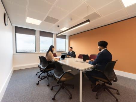 Regal House, 70 London Road, Twickenham - Flexible office to let