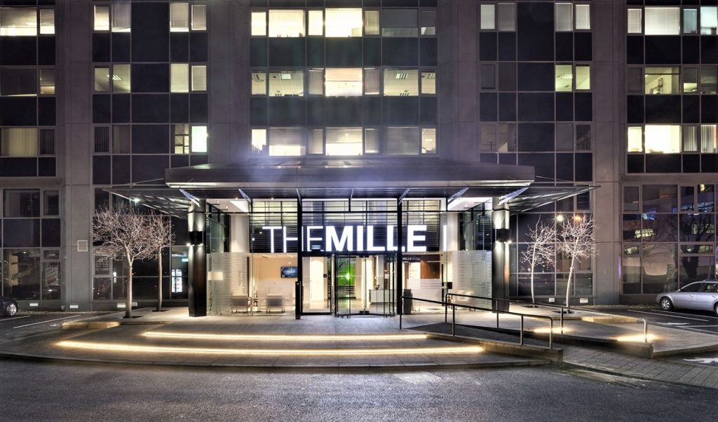 The Mille - External - 1000 Great West Road