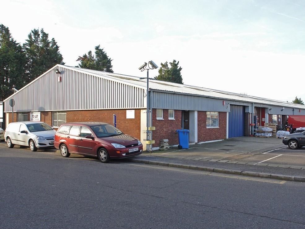 Ashford Industrial Estate - Unit 3 - Warehouse near Heathrow
